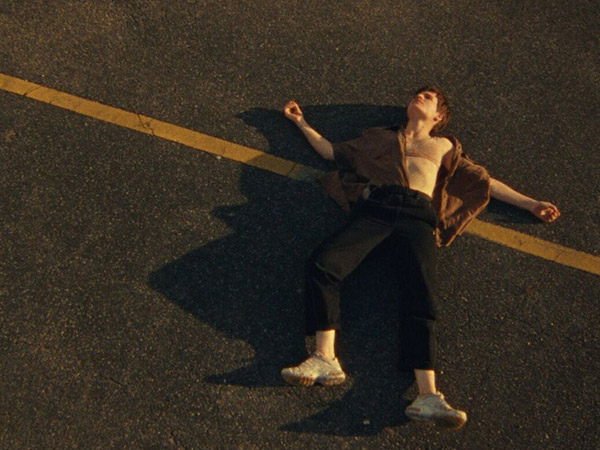 Christine and the Queens – Doesn't matter